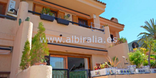 Town-house close to the beach in Albir I V138P