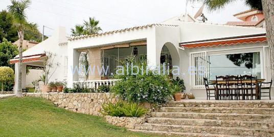 Villa in Albir V156
