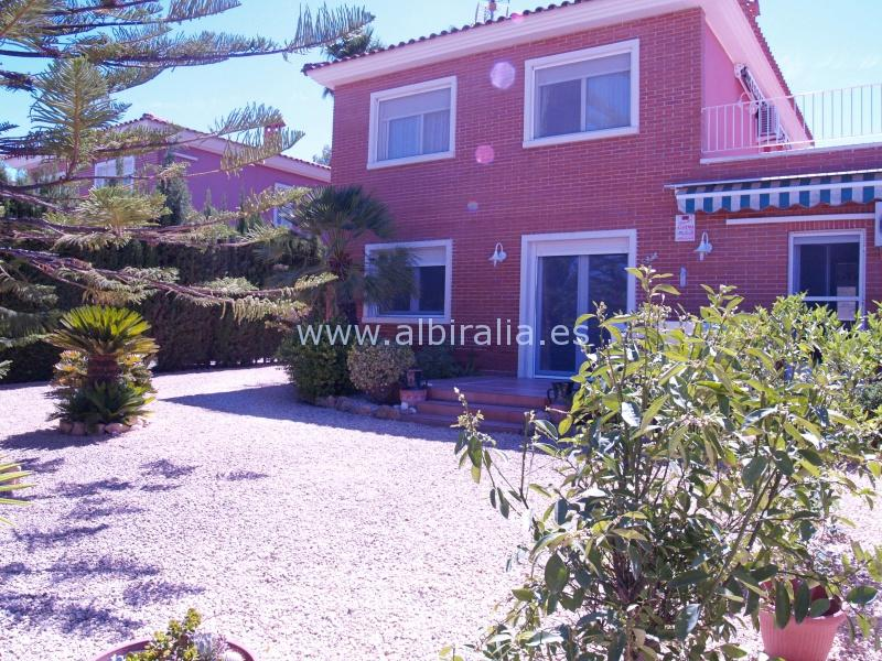 Detached house in Albir I V128