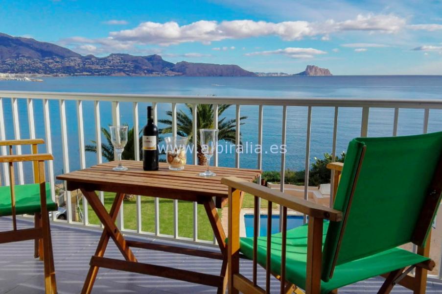 Apartamento con vistas al mar en el Albir I A128