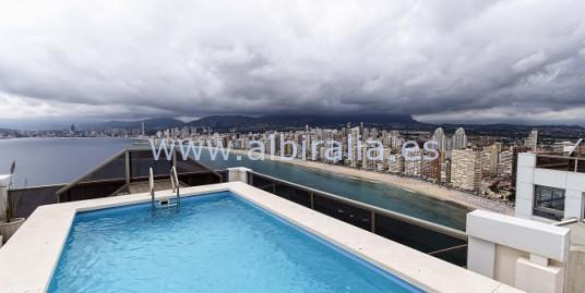 Top floor apartment with private pool
