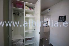 romslig og moderne leilighet med 3 soverom leies ut i Albir sentrum