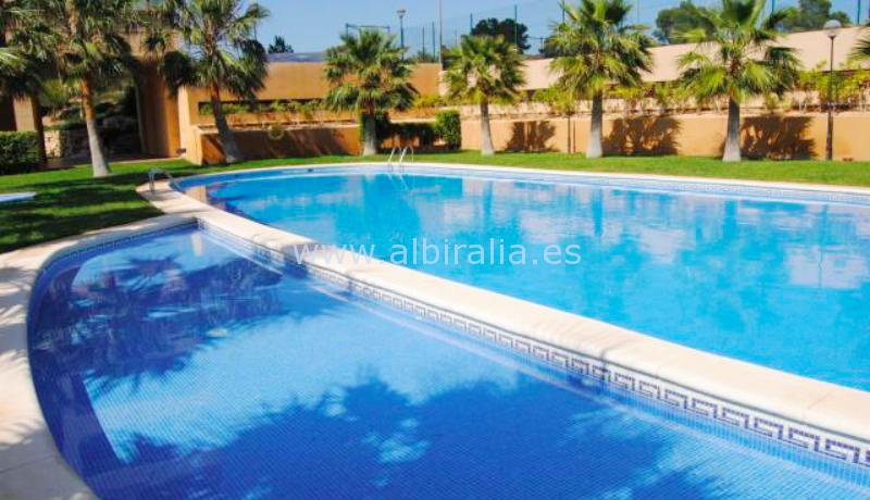 batch_svømme basseng