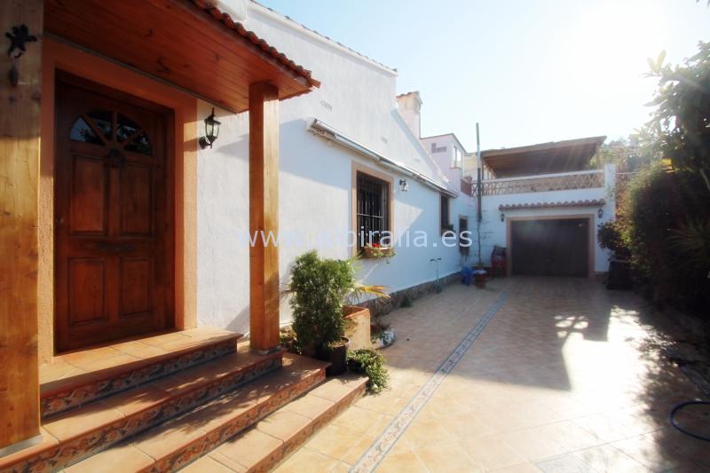 Detached villa in Alfaz del Pi I V134
