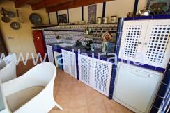 Villa with smart house solutions for sale in Alfaz La Nucia