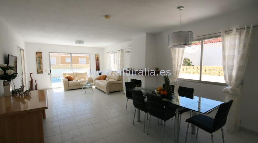 ferie villa leilighet for grupper med basseng i Albir Alfaz md basseng internet norsk tv