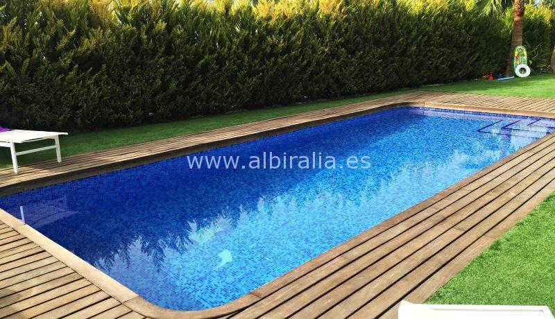 luxes villa for long term rent in Albir