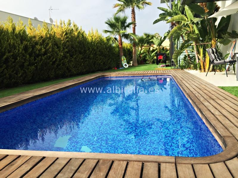 Modern holidays villa in Albir I V107