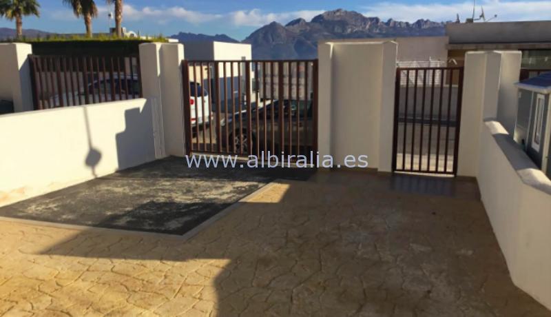 villa for sale in Polop de La Marina offer price