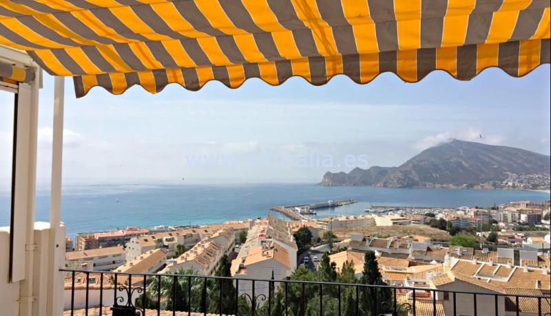 ático con vistas al mar a la venta en Altea