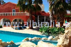 casa singular en venta y alquilar de larga temporada en Costa Blanca