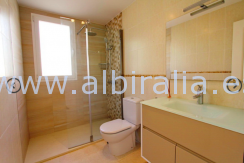 property for sale at offer price in Altea rub Mascarat