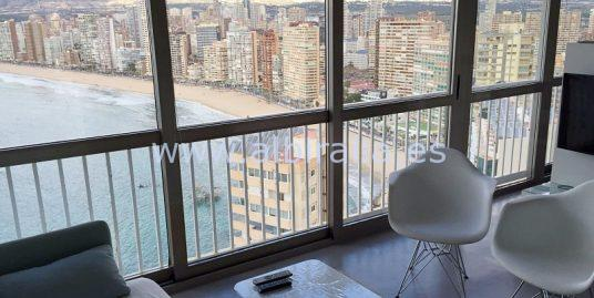 Outstanding beach front apartment in Benidorm A113P