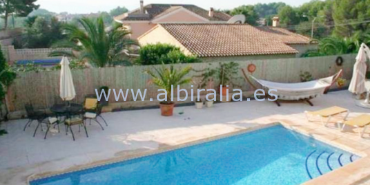 Villa for rent in urb.Cautivador in Alfaz V155