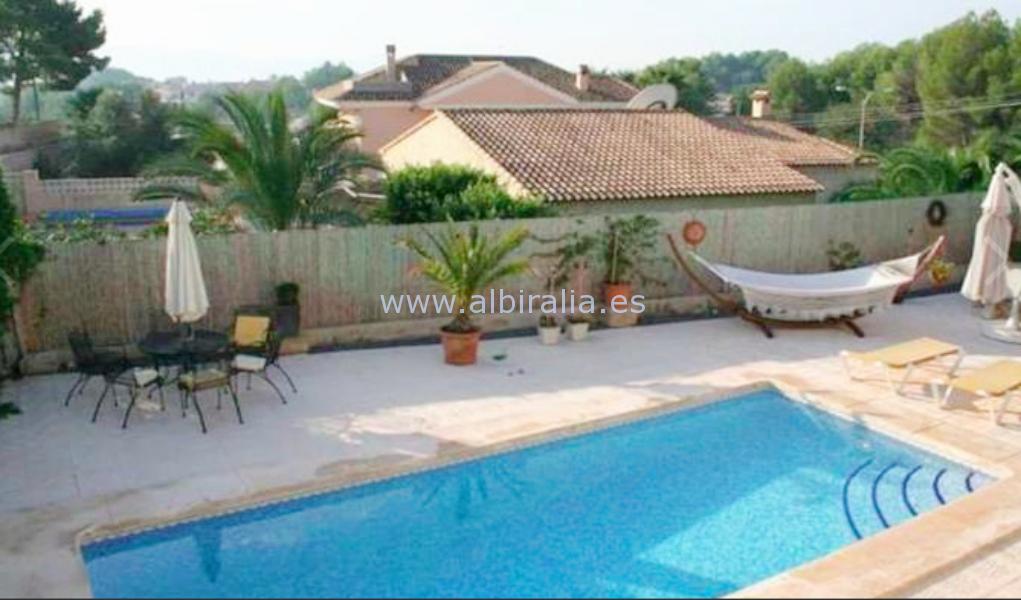 Villa for rent in urb.Cautivador in Alfaz V155