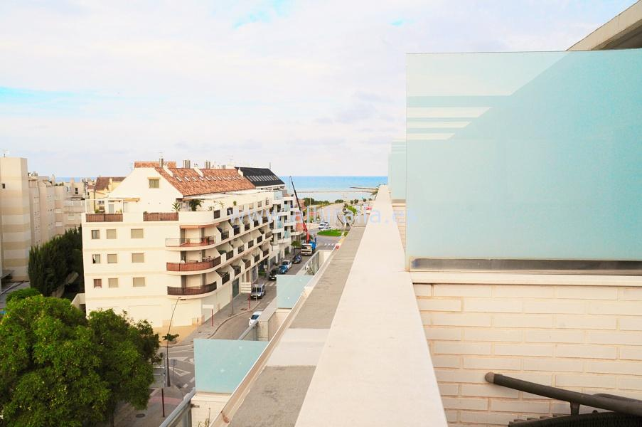 Top floor apartment in Denia I A161