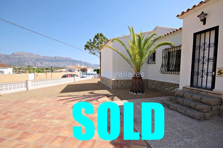 Villa for sale in urb. Foya Blanca (Alfaz del Pi) I V165