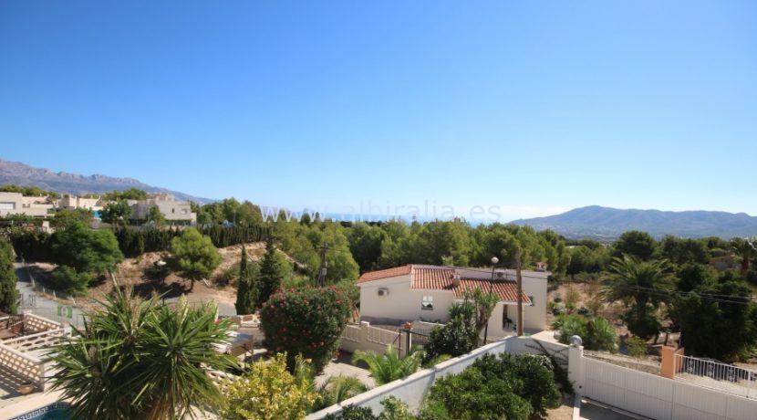 Villa til salgs ved internasjonal skole i Benidorm La Nucia Altea