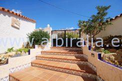Enestående villa til salgs med havutsikt i Costa Blanca