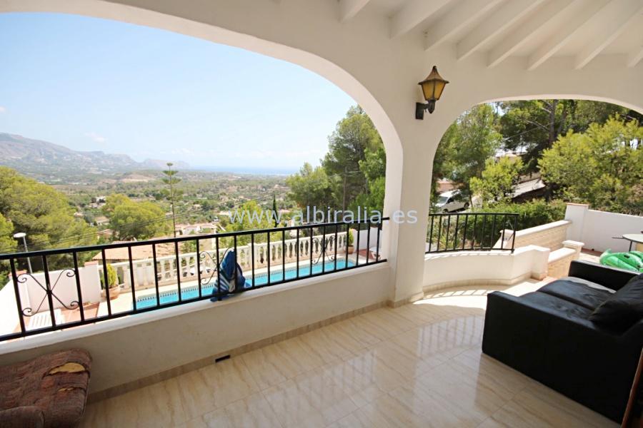 Villa between Altea and La Nucia I V170