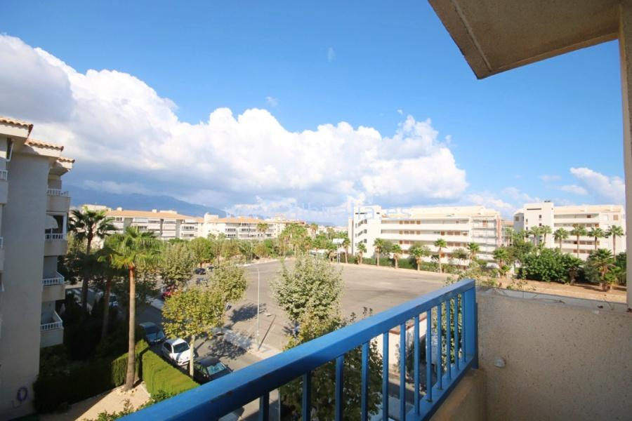 Apartment in the center of Albir I A170