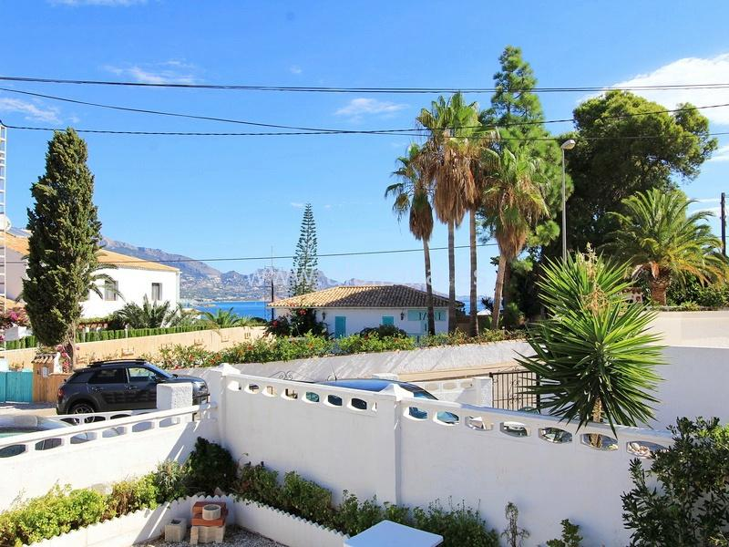 Semi-detached house in Albir I V181P