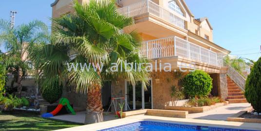 Villa for sale I V177P