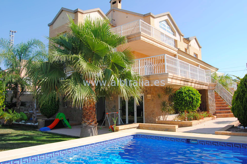Villa for sale I V177P