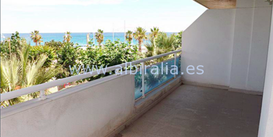 Apartment by the sea in Albir I A171