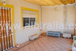 liten hus til salgs i La Nucia Costa Blanca