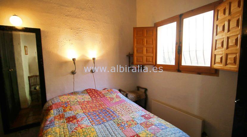 Enestående bolig i skandinavisk stil til salgs i Alicante mellom Bolulla og Tarbena