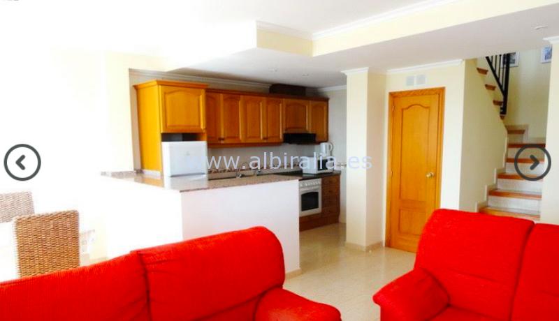 bungalow con vistas al mar a la venta en Altea con 4 dormitorios #albiralia
