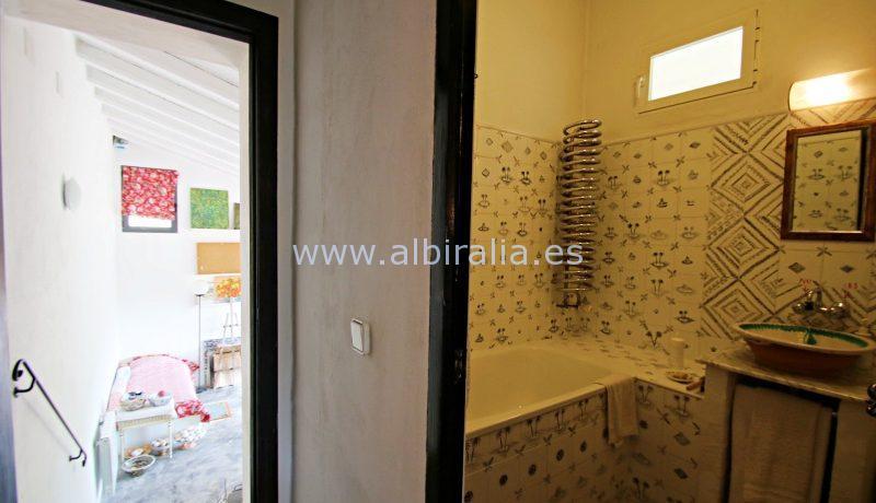 Finca a la venta con canalización y calefaccion central por gas en Polop Tarbena Bolulla Benidorm