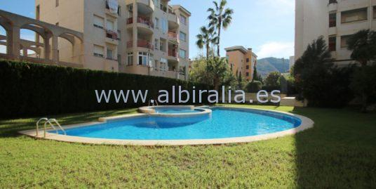 Apartment 100 m from the beach for sale in Albir I A180