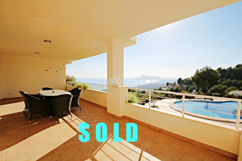 Elegant and modern apartment with sea view in Altea I A178