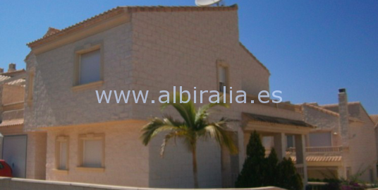 Semi-detached corner villa in Albir I V195P