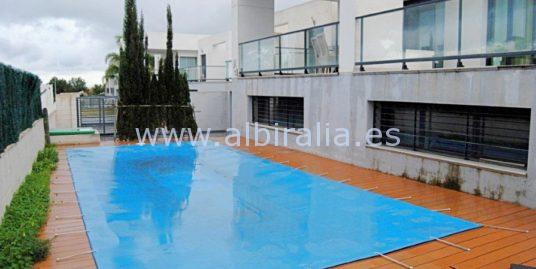Modern villa for long term rent or sale I V195