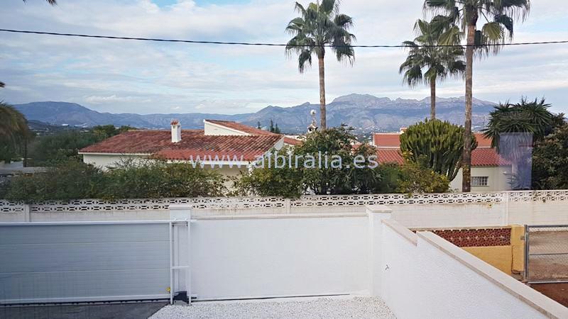 enestående villa til salgs i Albir