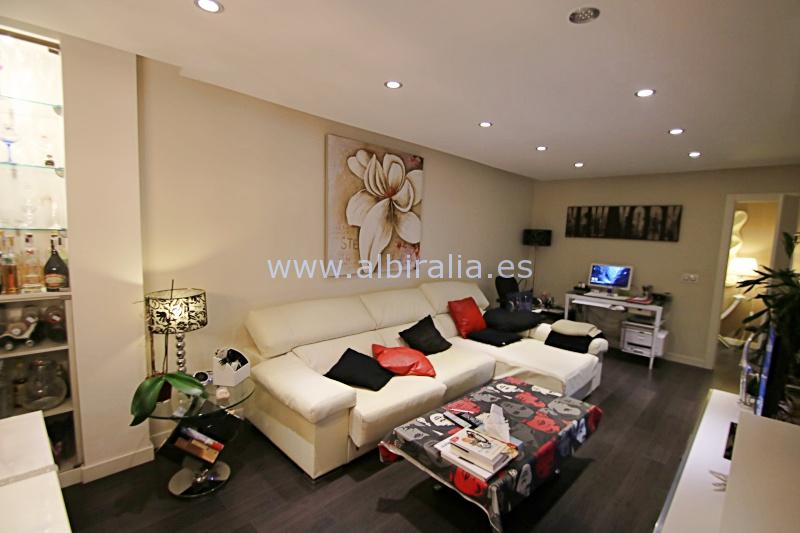 Modern apartment in the center I A187
