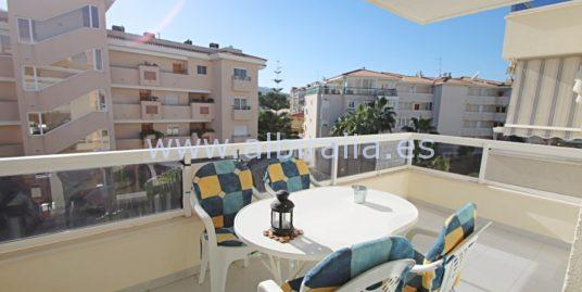 Apartment in the center of Albir I A192