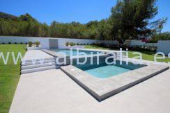swimming pool in albir
