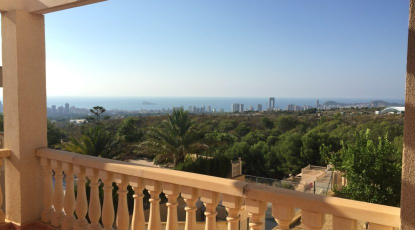 Villa with sea view for sale