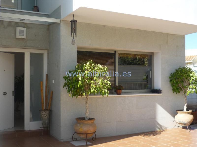 Beautiful holiday villa in Albir I V203