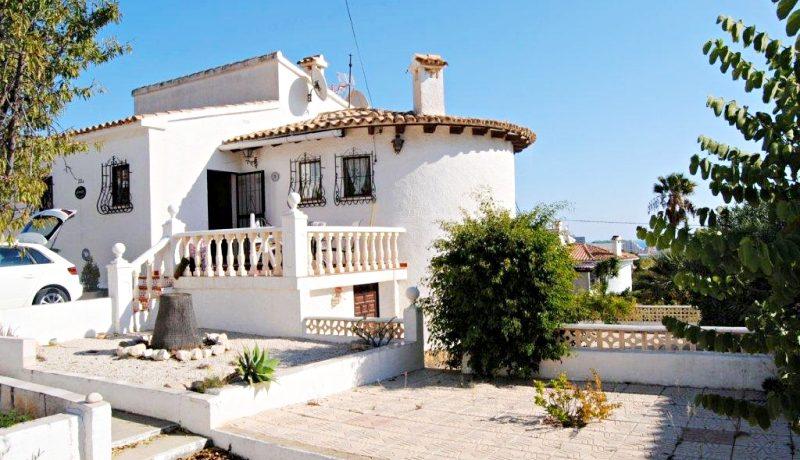 дом с видом в Кальпе