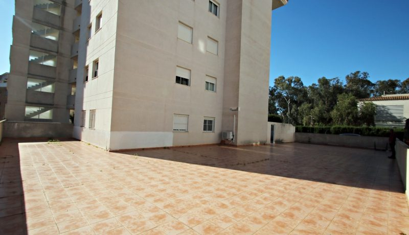 house sale near beach altea