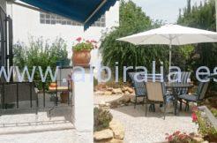 private garden for sale in Albir