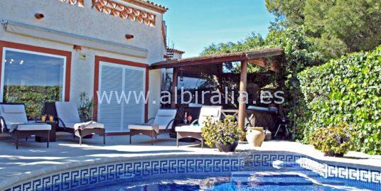 Beautiful holiday villa in Albir I V206