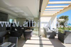 apartments with sea view for sale