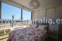 ny villa til salgs ved stranda i albir