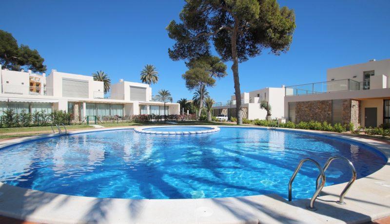 ny villa til salgs ved stranda i altea